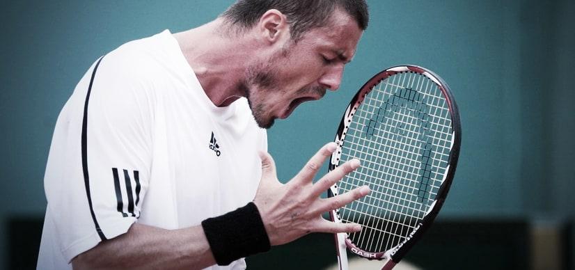 Améliore ta concentration pendant ton match de tennis malgré le bruit